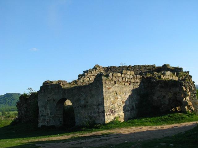 Скарби, привиди-мучителі і підземні ходи: Про що можна дізнатися у мурах Пнівського замку - фото 5