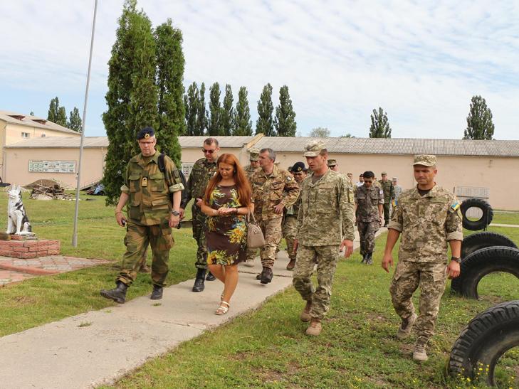 Кам'янець-Подільський відвідали іноземні військові дипломати - фото 4