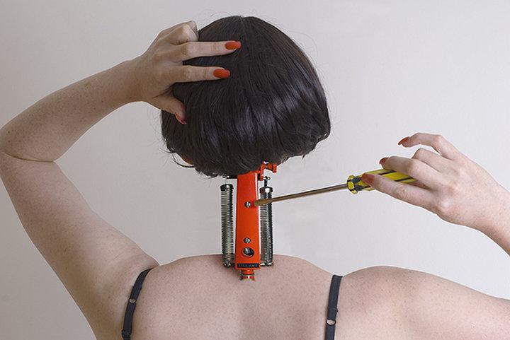 Жахливі садистські фото про ціну жіночої краси підірвали інтернет  - фото 4