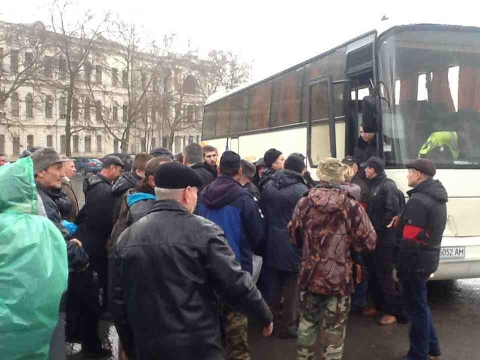 Хроніки окупації Криму: мітинг 26 лютого - фото 9