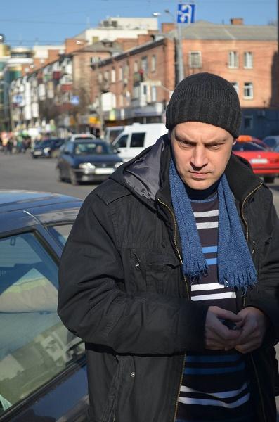 """У Вінниці з трамвайної колії знов віднесили """"горе-паркувальника"""" - фото 2"""