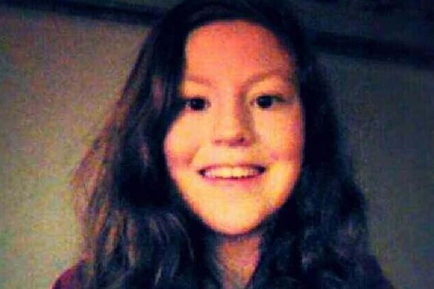 Подвійне вбивство мами та доньки двома підлітками сколихнуло Британію  - фото 1