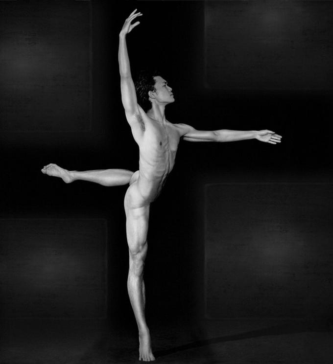 Балерины ню с мужиками