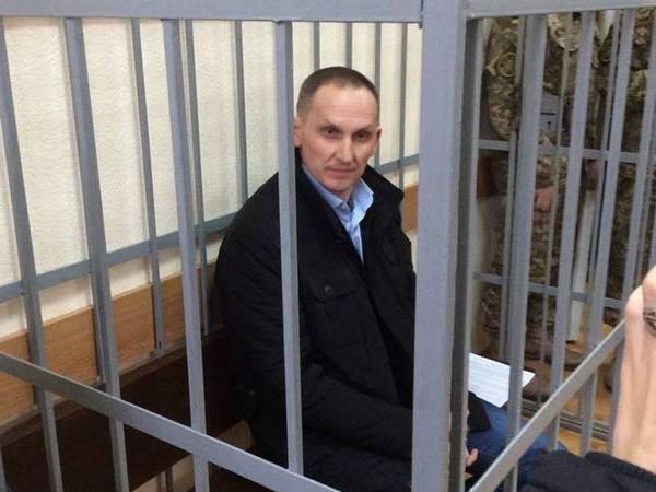Шевцов з посмішкою зайшов до судової зали - фото 1