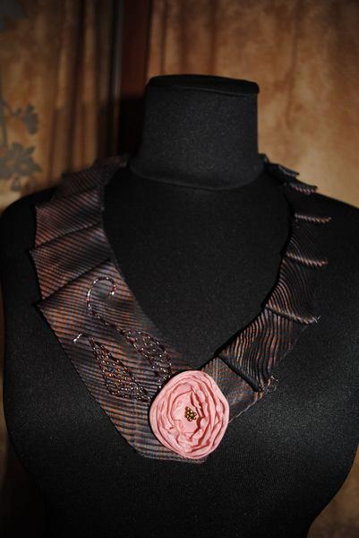 У стилі бохо-шик: одяг та прикраси з краваток  - фото 6