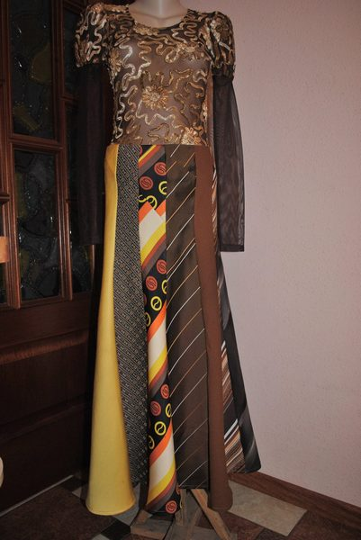 У стилі бохо-шик: одяг та прикраси з краваток  - фото 1
