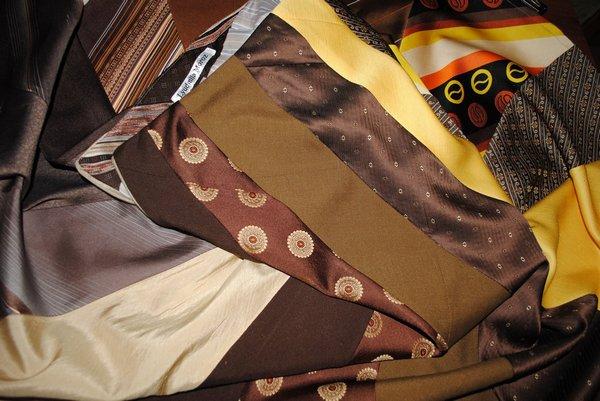 У стилі бохо-шик: одяг та прикраси з краваток  - фото 9