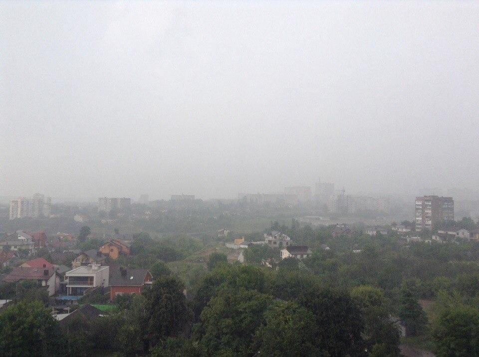 Харків накрила потужна злива (ВІДЕО, ФОТО)  - фото 3