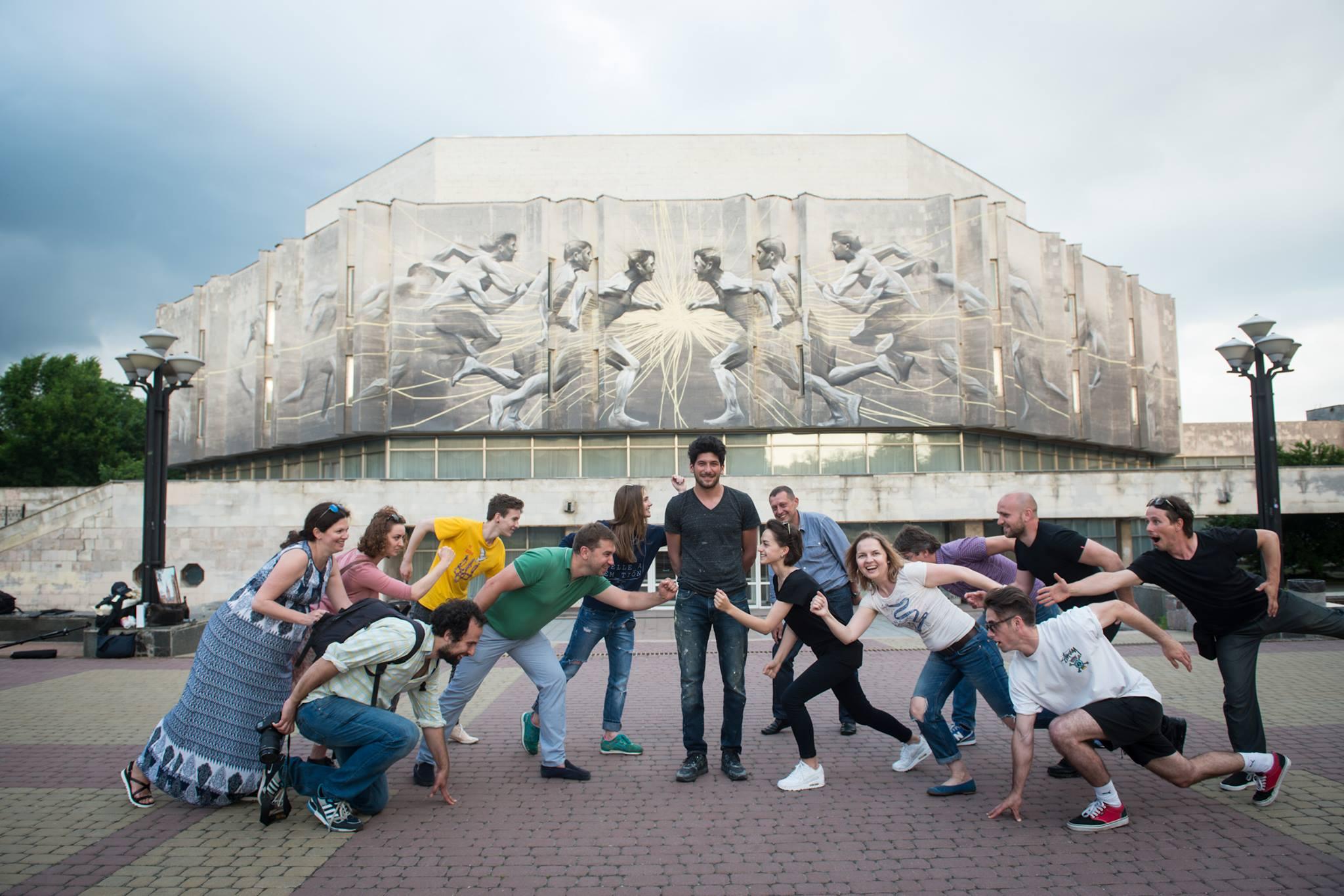 """Канадський стріт-артист Лі-Хілл розписав Центр культури та мистецтв """"КПІ"""" - фото 2"""