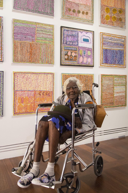 105-річна бабуся стала зіркою інтернету завдяки своїм картинам  - фото 1