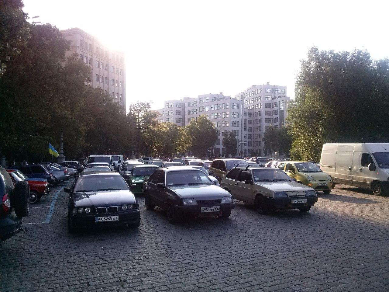У Харкові автомобілісти продовжать протести через смертельне ДТП з копами   - фото 2