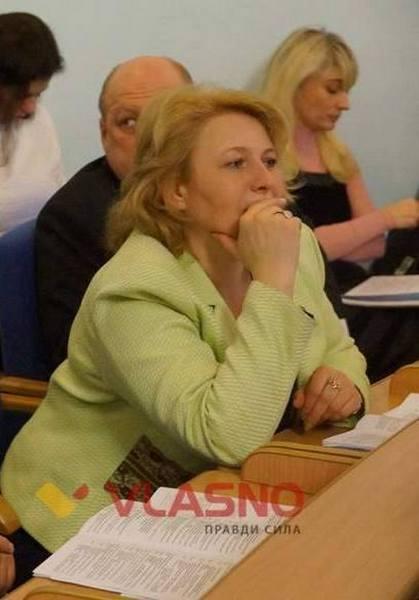 Де та у кого одягаються вінницькі депутати - фото 2