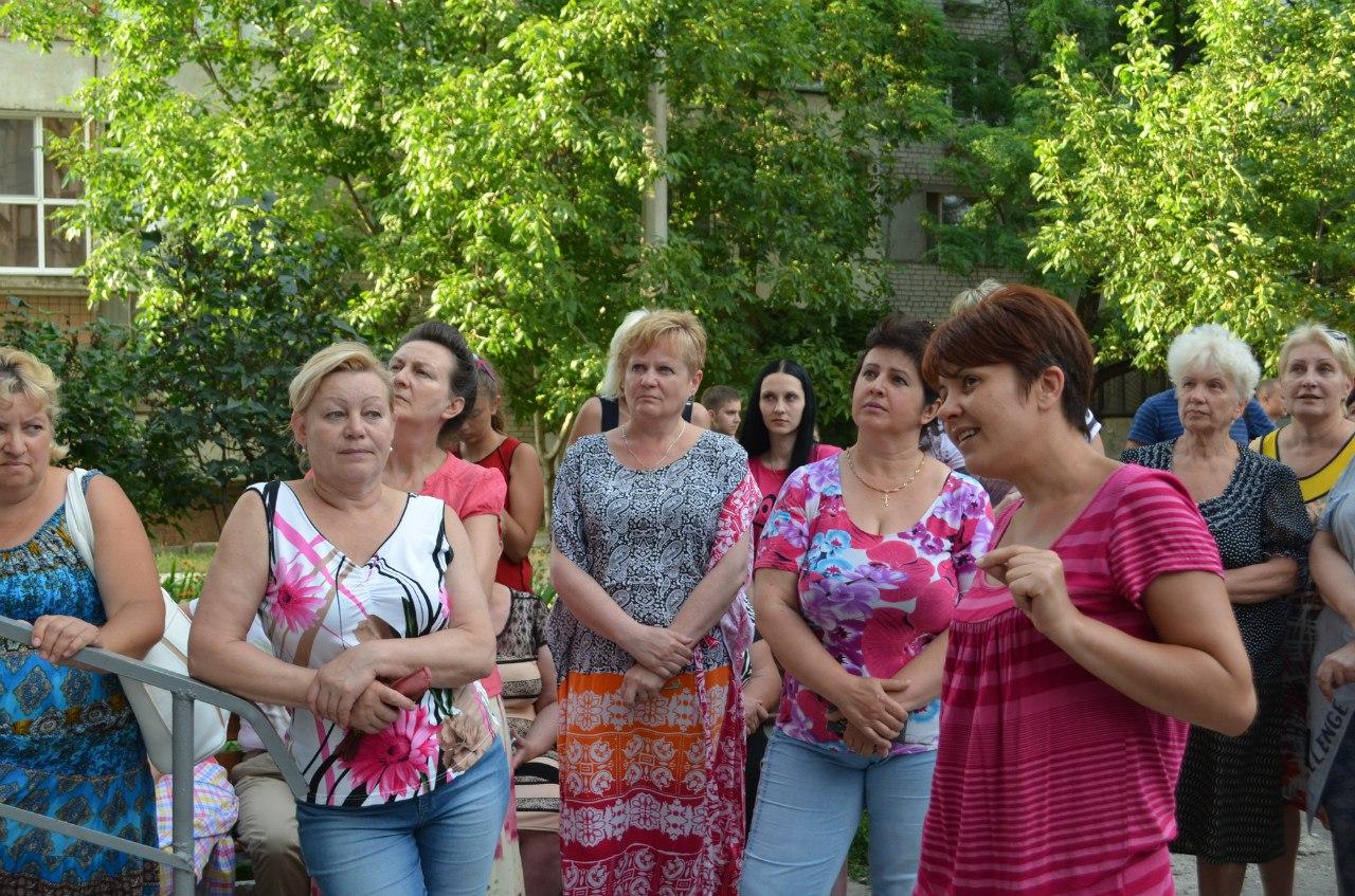 Миколаївцям, що 20 років чекають ліфтів, пообіцяли встановити їх за два місяці