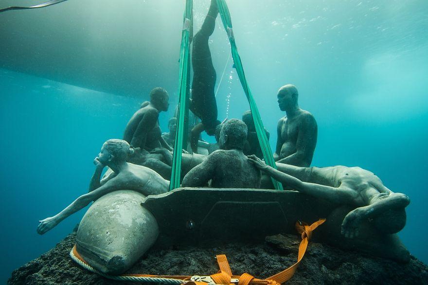 Як виглядає підводний музей в Атлантичному океані  - фото 4