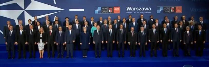 Порошенко на саміті НАТО – центровий (ФОТО) - фото 1