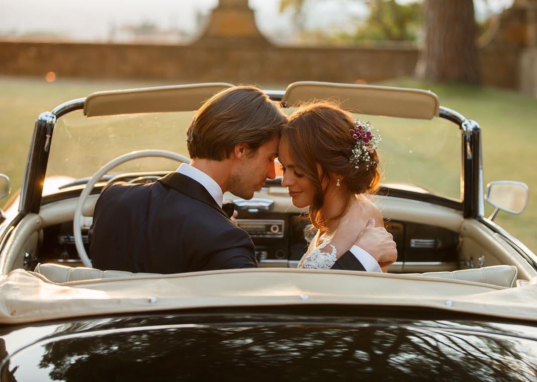 """""""Міс Україна Всесвіт"""" вийшла заміж на розкішній віллі в Італії - фото 1"""