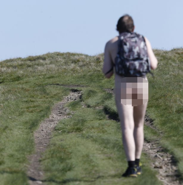 Як перехожий налякав британського вчителя голою дупою - фото 2