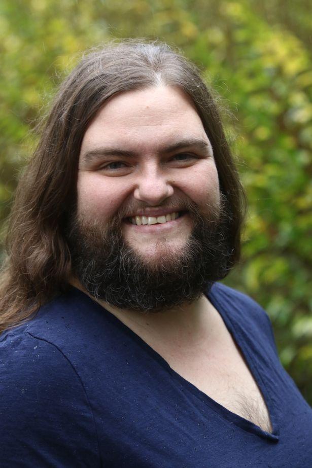 Як 39-річна жінка відпустила бороду - фото 3