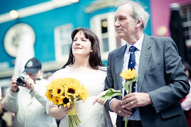 Як 37-річна наречена одружилася сама з собою - фото 2