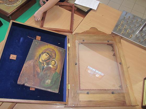У Миколаєві невідомі обікрали Свято-Симеонівський собор - фото 2