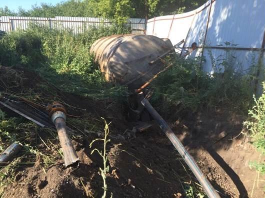На українській Луганщині знешкодили три підземні нафтопроводи через кордон з Росією - фото 1