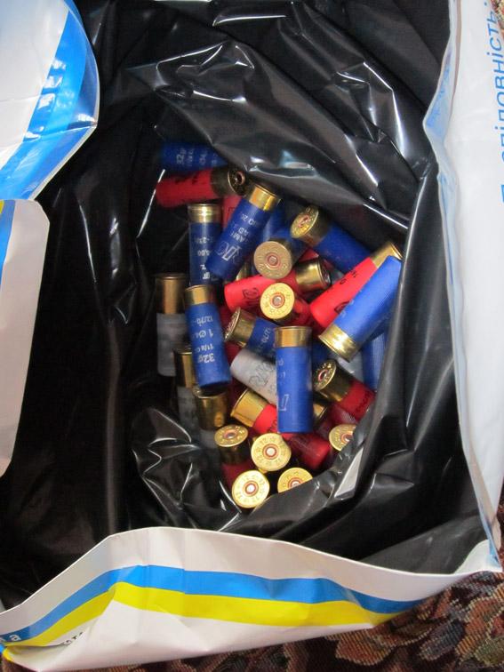 У Миколаєві озброєний наркоман налагодив вдома виробництво амфетаміну - фото 5