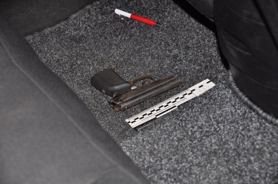 Граната, пістолети та ніж: як миколаївські АТОшники йшли грабувати таксиста - фото 5