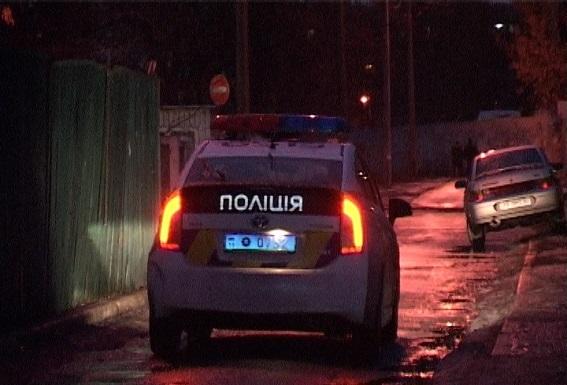 У Києві чоловік зарізав 12-річного племінника і викинув тіло з балкону (ФОТО 18+) - фото 3