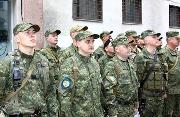 Вінницькі поліцейські поїхали виконувати бойові завдання в АТО - фото 2