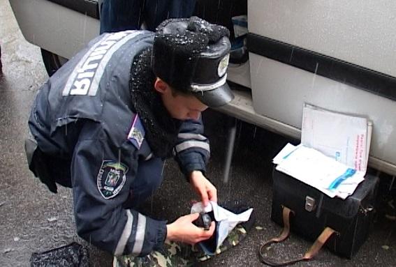 У Києві біля Майдану Незалежності затримали хлопця з гранатами - фото 1