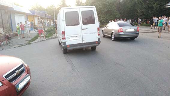На Вінниччині п'яний депутат збив 15-річного скутериста - фото 1