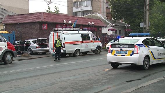 У Вінниці жахлива аварія забрала життя чотирьох молодих людей - фото 2