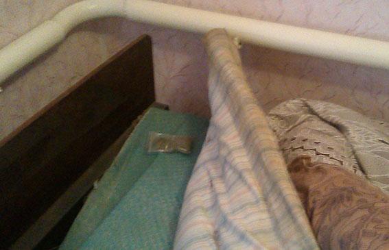 Закарпатець ховав наркотики під матрацом