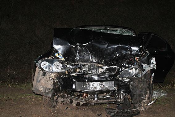 В аварії на Вінниччині загинув водій, ще четверо людей в лікарні - фото 1