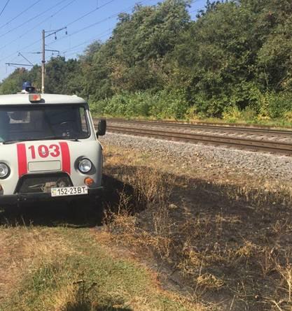 Біля Жмеринки під колесами потяга загинув хлопчик - фото 1