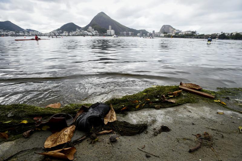 Як веслярі тренуються в Ріо до старту Олімпіади у смітті - фото 1