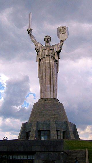 ТОП-7 сестер Статуї Свободи - фото 2