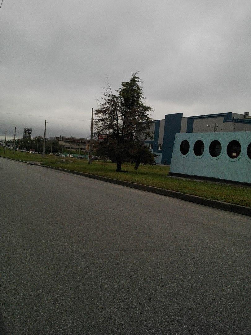 """Найдовший проспект Харкова """"застиг"""" у заторі  - фото 1"""
