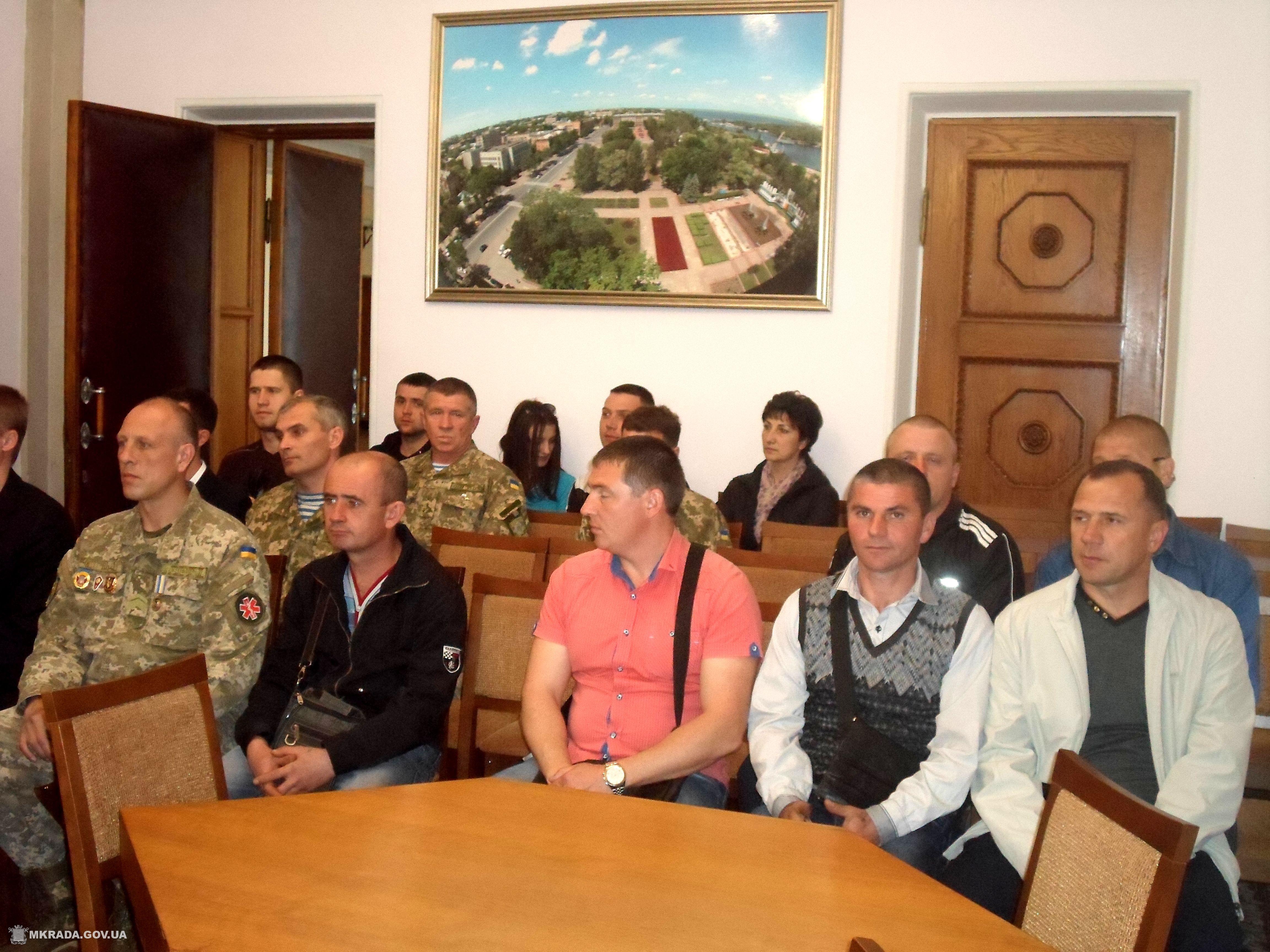 Миколаївські Герої АТО отримали відзнаки начальника Генштабу ЗСУ - фото 1