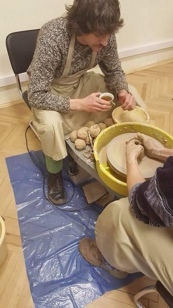 Атовці продають свої вироби, щоб допомогти пораненим побратимам - фото 3