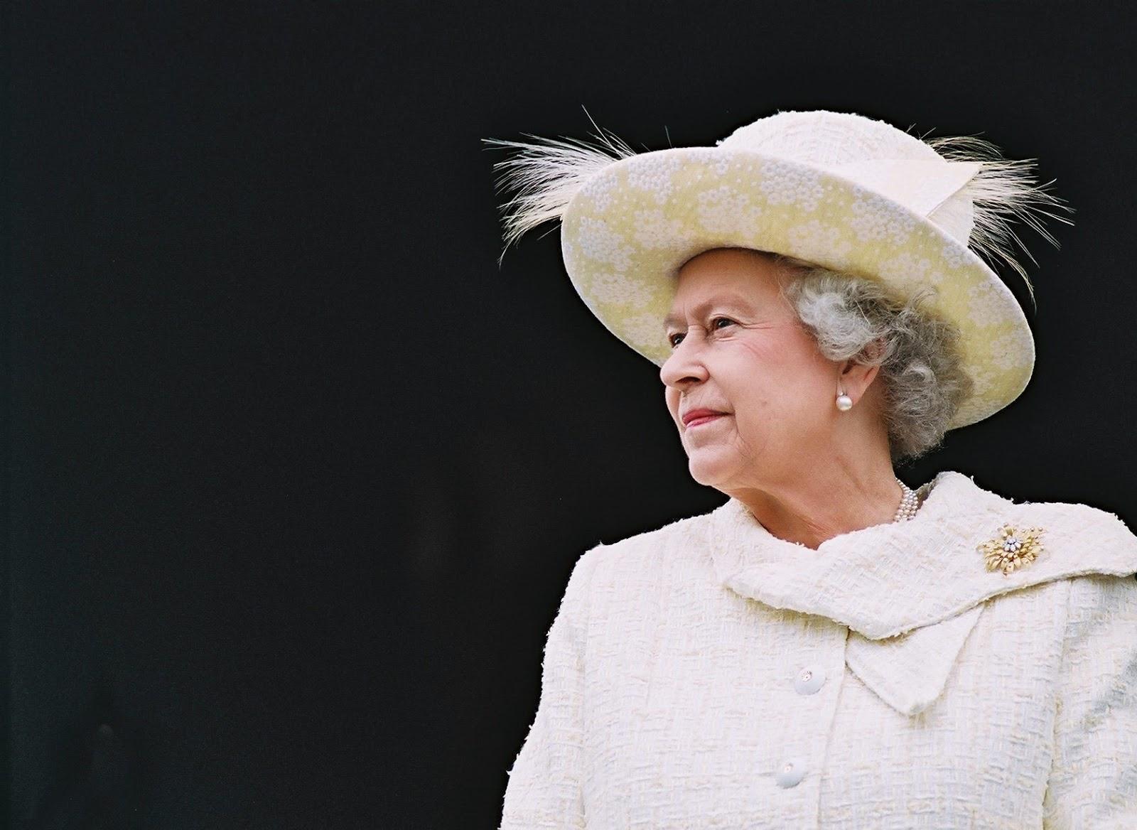 Як старіє Єлизавета ІІ: найяскравіші фото від дитинства і до сьогодні  - фото 23