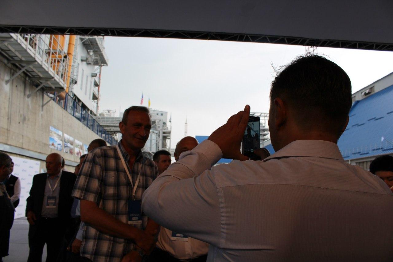 """Відкриття терміналу та звільнення керівництва: Як президент """"сколихнув"""" Миколаїв"""