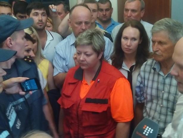 """В Полтаві депутати влаштували бійку з """"сексуальними ігрищами"""" (ВІДЕО) - фото 2"""
