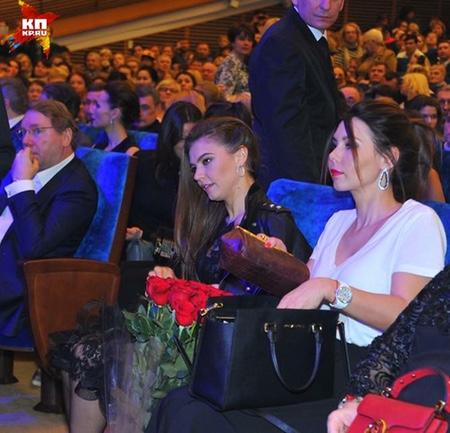 Схудла Кабаєва привітала Кіркорова - фото 2
