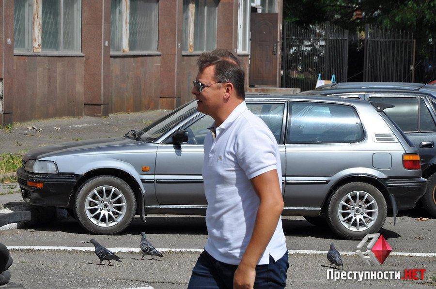 Ляшко у супроводі камер Ахметова приїхав на миколаївський завод Новинського - фото 3