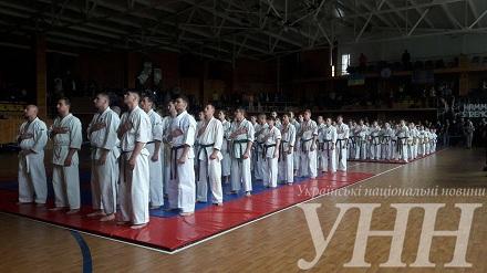 До Вінниці на чемпіонат з карате з'їхались 180 спортсменів - фото 1