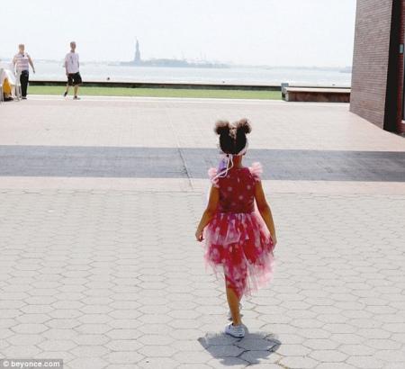 Бейонсе показала підрослу доньку із кумедною зачіскою - фото 2