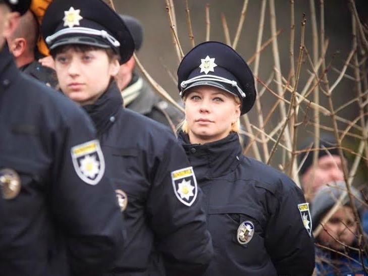 На полтавщині чоловік опублікував інтимні фото колишньої дружини-полісвумен - фото 2