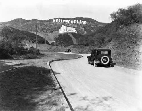 Шалені гроші і доленосні історії: Як змінювалась вивіска Hollywood впродовж століття - фото 2