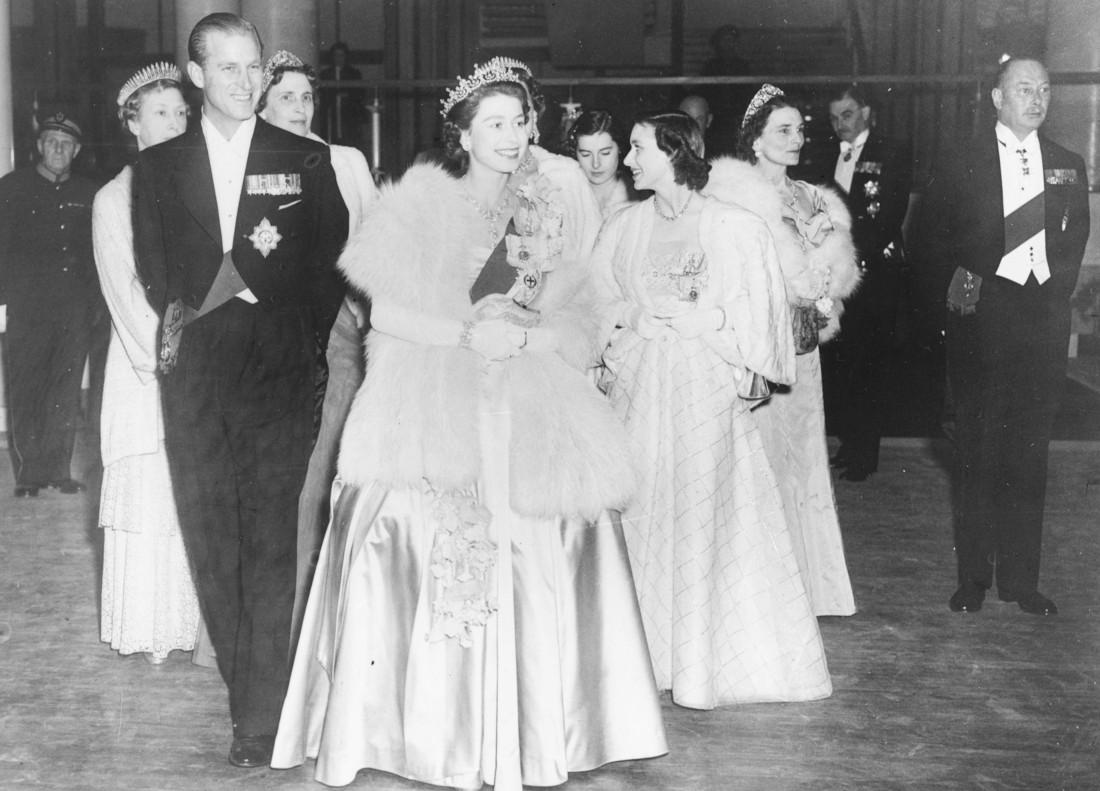 Як старіє Єлизавета ІІ: найяскравіші фото від дитинства і до сьогодні  - фото 15